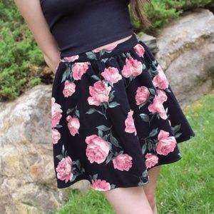 floral Forever 21 mini skirt